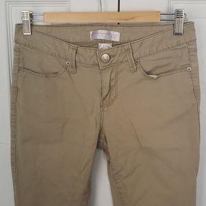 No Boundaries classic slim bootcut khakis - size 7